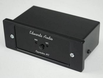 EDWARDS AUDIO MM-MC PİKAP AMPLİFİKATÖRÜ